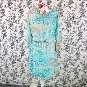 Vince Camuto 10 blue and peachy dress